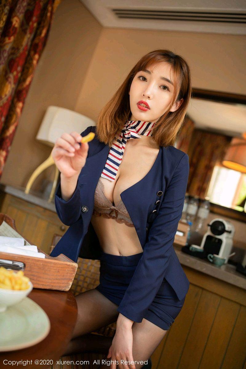 秀人网性感姐妹花就是阿朱啊&陆萱萱黑丝美腿制服诱惑写真