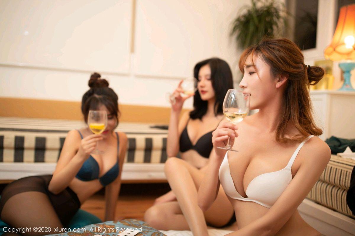 秀人网姐妹花陆萱萱&就是阿朱啊&陶喜乐_lele玩扑克系列写真