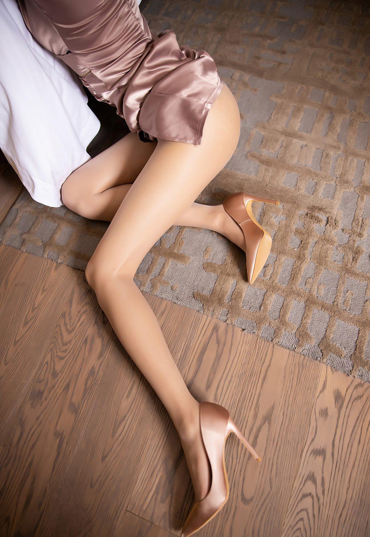 杨晨晨sugar2021性感旗袍诱惑肉丝袜美腿高清玉足高跟-91-『游乐宫』Youlegong.com 第4张