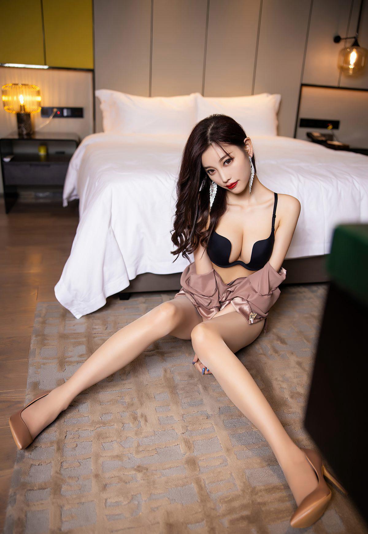 杨晨晨sugar2021性感旗袍诱惑肉丝袜美腿高清玉足高跟-91-『游乐宫』Youlegong.com 第11张