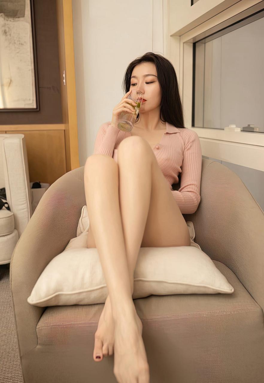 安然Maleah高颜值嫩模风骚裸胸美女少妇肉丝袜高跟写真-115-『游乐宫』Youlegong.com 第23张