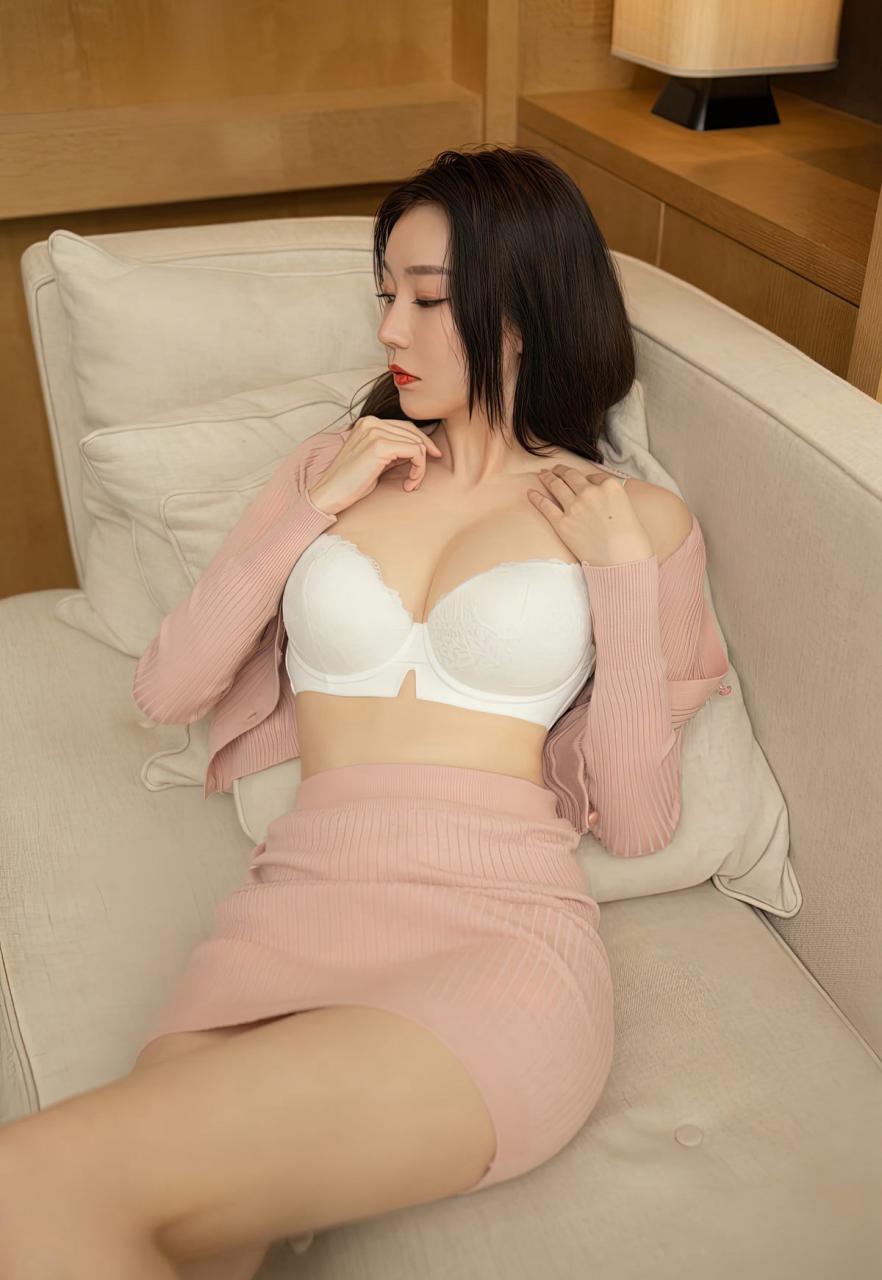 安然Maleah高颜值嫩模风骚裸胸美女少妇肉丝袜高跟写真-115-『游乐宫』Youlegong.com 第12张