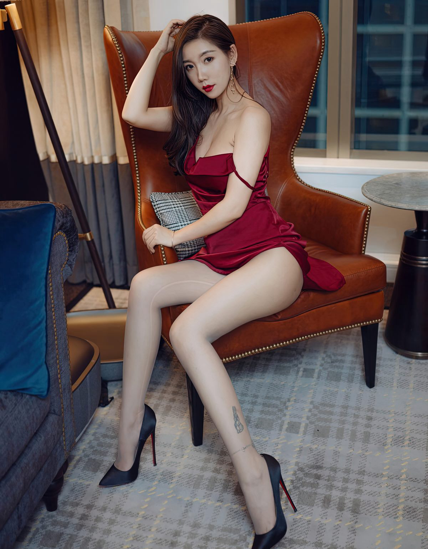 艾静香灰丝无内高清写真-小乔-『游乐宫』Youlegong.com 第4张